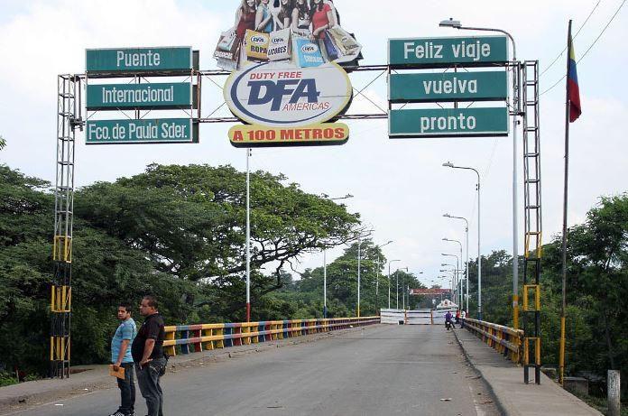 Abren tempralmente frontera Venezuela Colombia